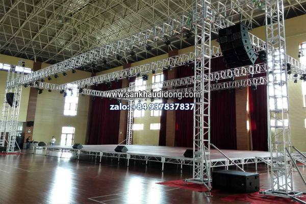 Sản xuất sân khấu theo module tiêu chuẩn